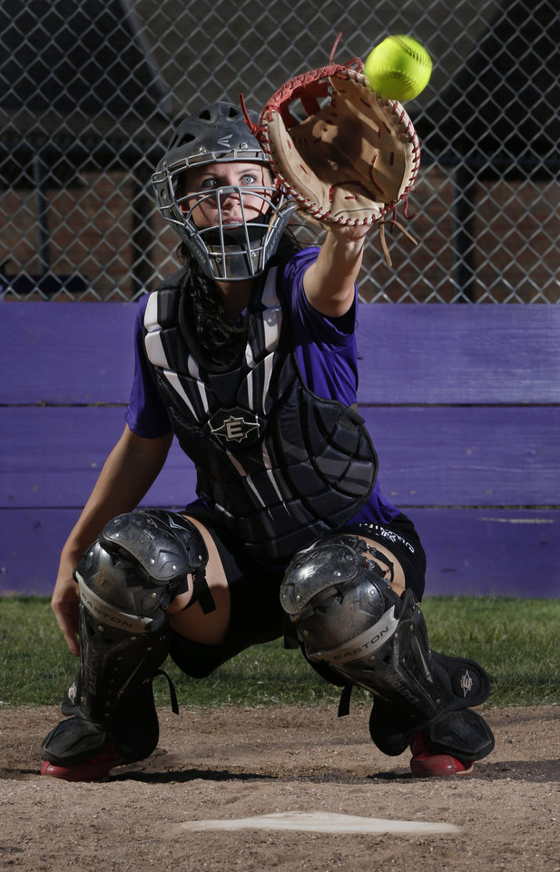 Photo - HIGH SCHOOL SOFTBALL: Community Christian catcher Niki Davidson takes pitches on Wednesday, Sept. 19, 2012, in Norman, Okla.  Photo by Steve Sisney, The Oklahoman