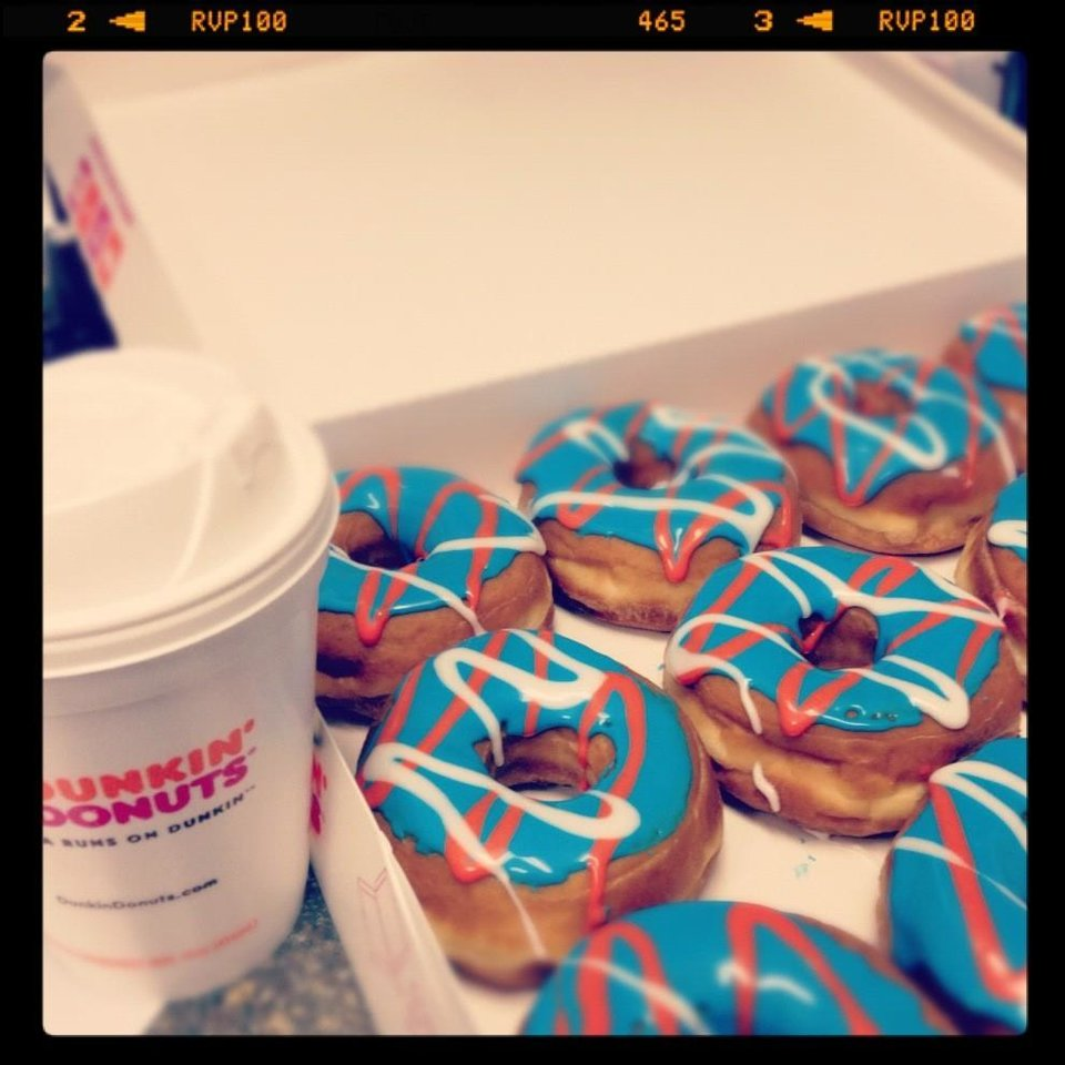 Dunkin' Donuts Thunders Up (via @ngoli25)
