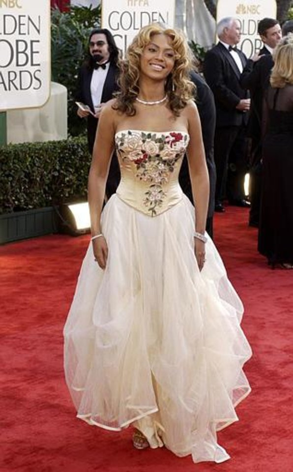 Actress and singer Beyonce Knowles arrives for the 60th Annual Golden Globe Awards in Beverly Hills, Calif., on Sunday, Jan. 19, 2003. Knowles is to be a presenter during the telecast. (AP Photo/Mark J. Terrill)