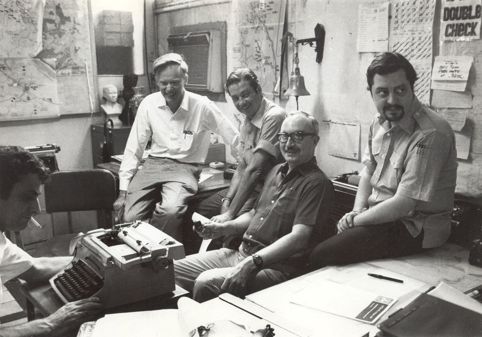 Photo -   In this April 28, 1972 file photo shows once-and-future bureau cheifs at The Associated Press' Saigon bureau, from left, George Esper (1973-75), Malcolm Browne (1961-64), George McArthur (1968-69), Edwin Q. White (1965-67), and Richard Pyle (1970-73). White, a Saigon bureau chief for The Associated Press during the U.S. buildup in the Vietnam War, died Thursday, Nov. 1, 2012 in Honolulu at age 90. (AP Photo)