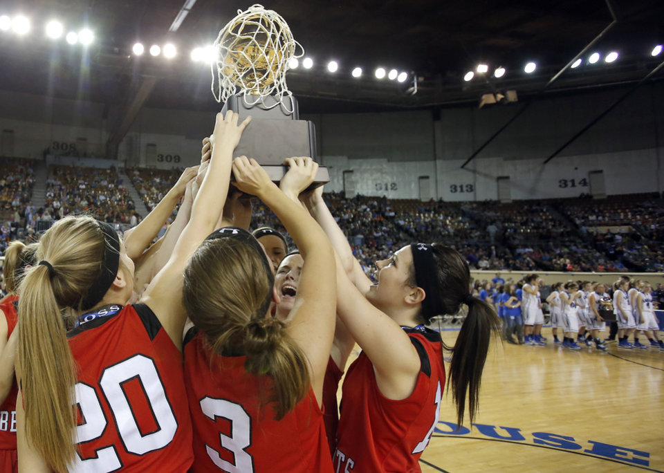 Photo - during the Class B girls state championship between Erick and Lomega at the State Fair Arena.,  Saturday, March 2, 2013. Photo by Sarah Phipps, The Oklahoman