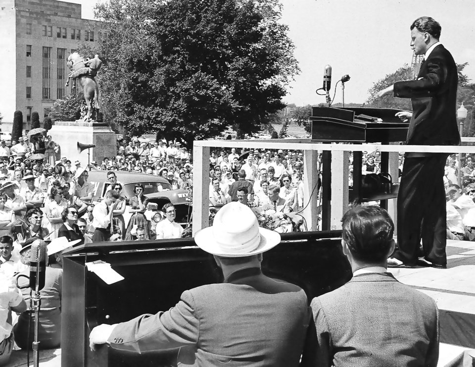 Photo - A crowd gathers at the state Capitol to hear evangelist Billy Graham preach during his 1956 Oklahoma City crusade. Staff Photo by Bob Albright (Original photo taken 06/13/56, ran 06/13/56 TIMES and 04/24/94 SS IV)