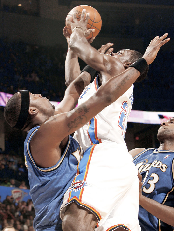 Jeff Green scores during the first half of the Oklahoma City Thunder's 127-108 win over the Washington Wizards on Friday at the Ford Center. PHOTO BY STEVE SISNEY, THE OKLAHOMAN