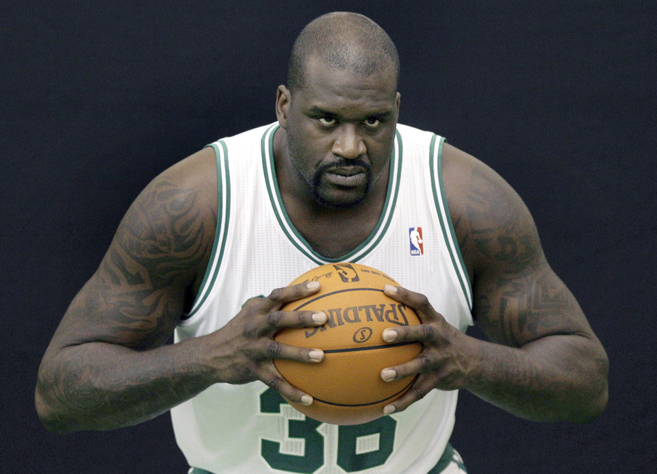 How might things be different in Oklahoma City had Shaquille O'Neal joined the Thunder in the offseason? AP PHOTO