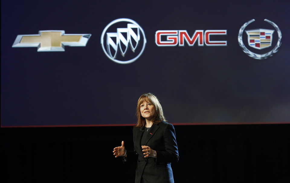 Photo - Incoming General Motors CEO Mary Barra introduces the 2015 GMC Canyon at media previews for the North American International Auto Show, Sunday, Jan. 12, 2014, in Detroit. (AP Photo/Paul Sancya)