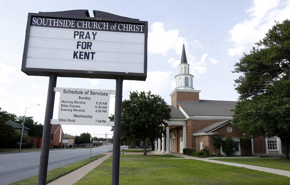 Photo - A sign at Southside Church of Christ offers support for Dr. Kent Brantly who is being treated for Ebola in Liberia, on Sunday, July 27, 2014, in Fort Worth, Texas. The doctor has been treating Ebola patients for the Samaritan's Purse organization. (AP Photo/The Fort Worth Star-Telegram, Ben Noey Jr.)  MAGS OUT; (FORT WORTH WEEKLY, 360 WEST); INTERNET OUT