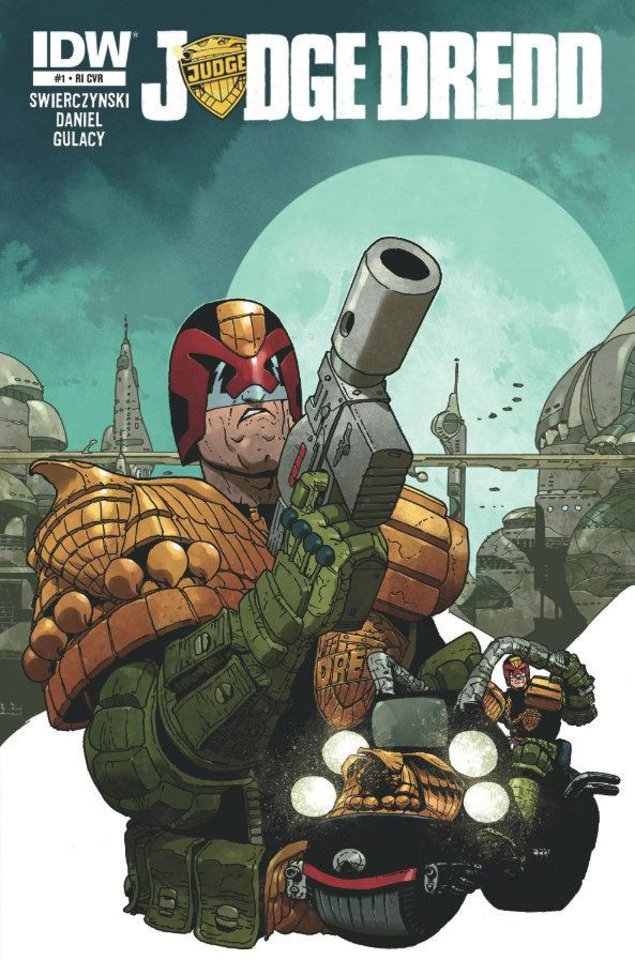 "One of the covers to IDW's ""Judge Dredd"" No. 1. IDW Publishing. <strong></strong>"