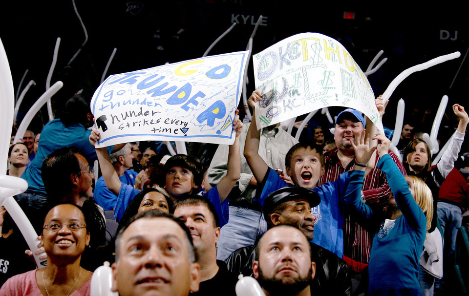 Oklahoma City Thunder fans cheer during the NBA basketball game between the Oklahoma City Thunder and the Orlando Magic at the Ford Center in Oklahoma City, Wednesday, Nov. 12, 2008. BY BRYAN TERRY, THE OKLAHOMAN