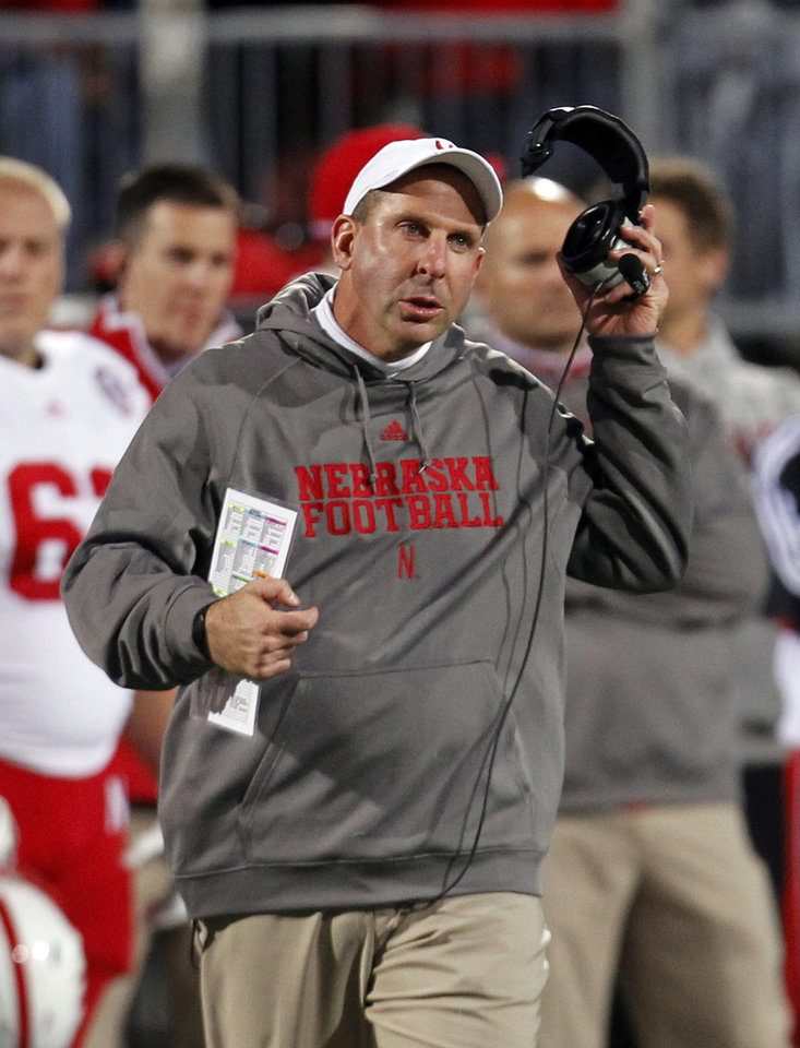 Photo -   Nebraska head coach Bo Pelini reacts during the first half of an NCAA college football game against Ohio State, Saturday, Oct. 6, 2012, in Columbus, Ohio. (AP Photo/Tony Dejak)