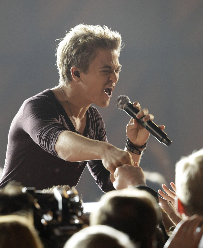 Photo -   Hunter Hayes performs at the 46th Annual Country Music Awards at the Bridgestone Arena on Thursday, Nov. 1, 2012, in Nashville, Tenn. (Photo by Wade Payne/Invision/AP)
