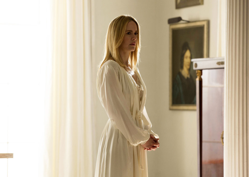 Photo - This image released by FX shows Sarah Paulson as Cordelia in a scene from