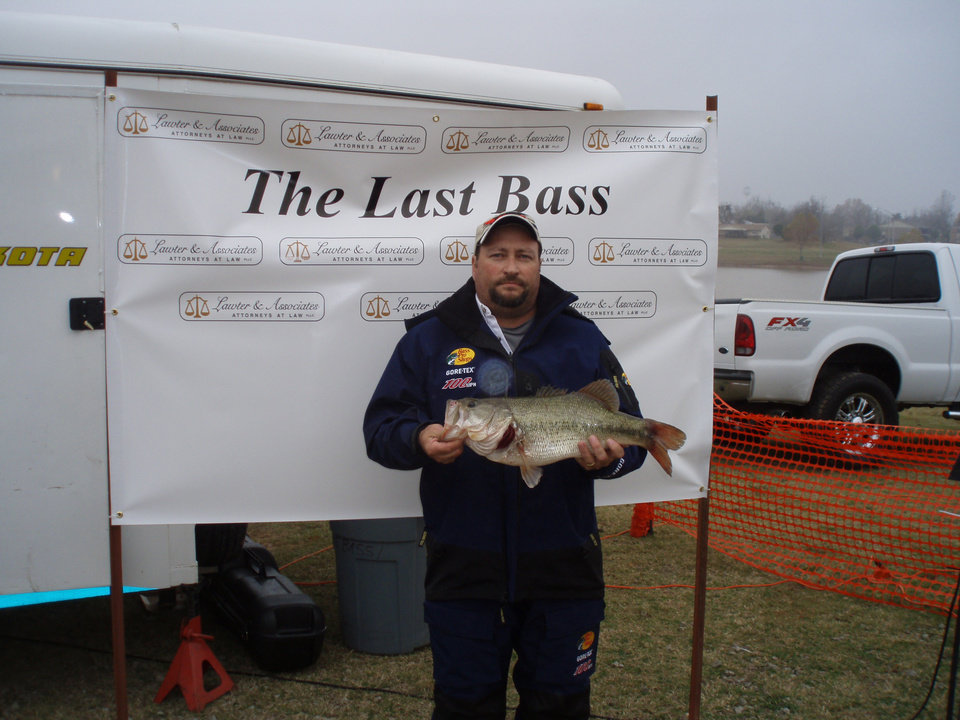 Photo -  DeWayne Sutterfield of Ada with the big bass of the Last Bass tournament on Lake Eufaula