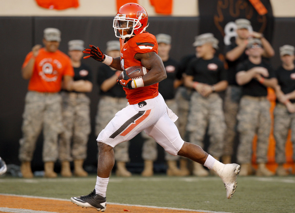 Photo - Oklahoma State's Jeremy Smith (31) runs for a touchdown during a college football game between Oklahoma State University (OSU) and Texas Tech University (TTU) at Boone Pickens Stadium in Stillwater, Okla., Saturday, Nov. 17, 2012.  Photo by Bryan Terry, The Oklahoman