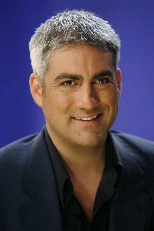 "FILE - In this March 3, 2009, file photo, musician Taylor Hicks is interviewed in New York. Hicks, ""American Idol"" Season 5 winner, is getting his own short-term show on the Las Vegas Strip. Casino officials announced the Alabama native will headline an eight-week show at Bally's Las Vegas beginning June 26. He's the first ""American Idol"" winner or finalist to secure a Las Vegas residency. (AP Photo/Seth Wenig, File)"