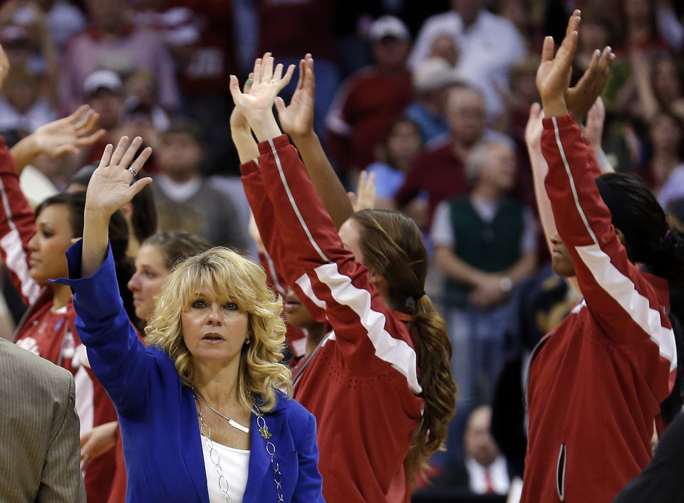 Photo - Oklahoma head coach Sherri Coale waves to the crowd following the college basketball game between the University of Oklahoma and the University of Tennessee at the  Oklahoma City Regional for the NCAA women's college basketball tournament at Chesapeake Energy Arena in Oklahoma City, Sunday, March 31, 2013. Photo by Sarah Phipps, The Oklahoman