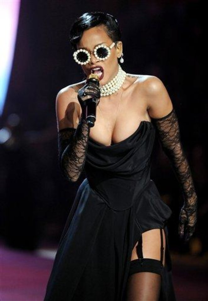 Photo - Singer Rihanna performs during the 2012 Victoria's Secret Fashion Show on Wednesday Nov. 7, 2012 in New York. The show will be Broadcast on Tuesday, Dec. 4 (10:00 PM, ET/PT) on CBS. (Photo by Evan Agostini/Invision/AP)