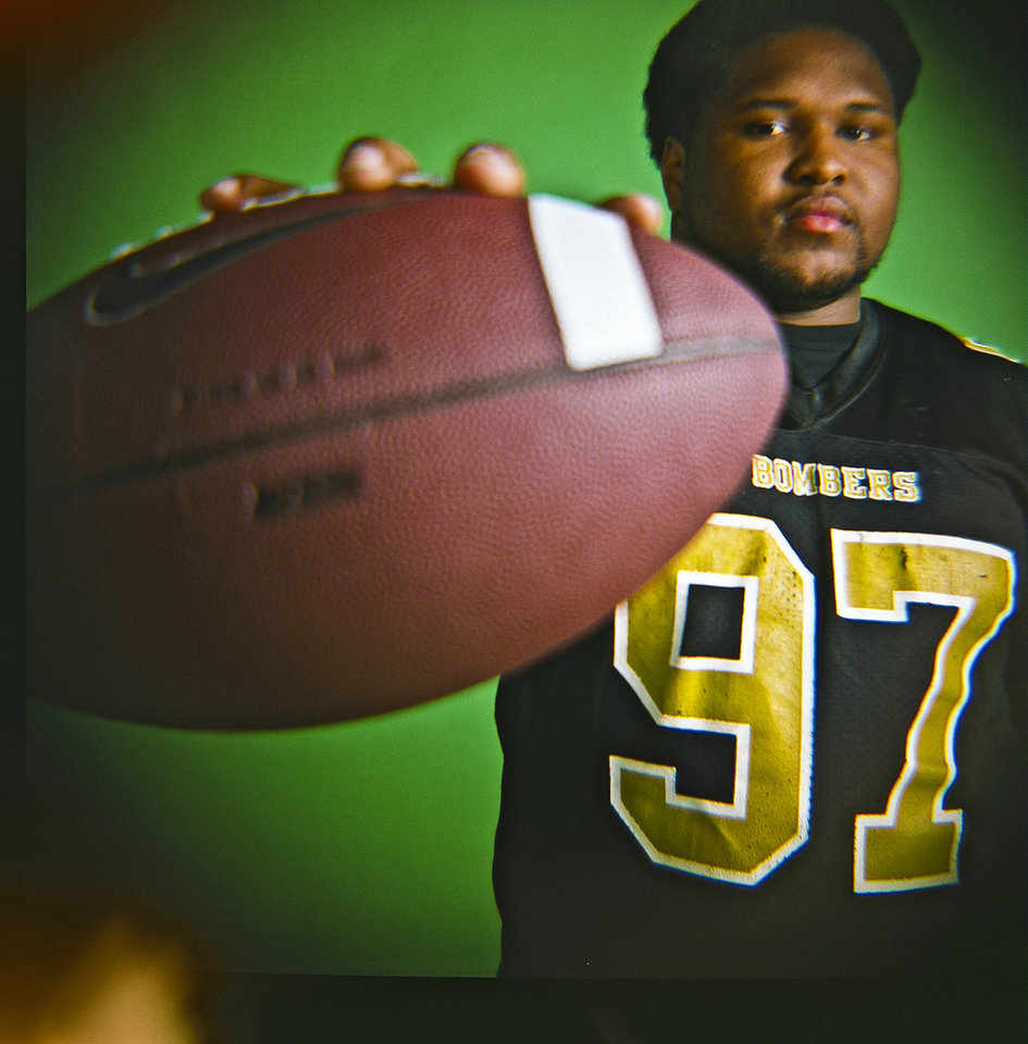 Dominque Jones of Midwest City High School on Monday, Dec. 14, 2009, in Oklahoma City, Okla.   Photo by Chris Landsberger, The Oklahoman
