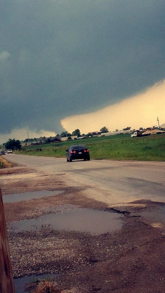Photo - Chickasha, Oklahoma -- Photo via Britanee @BritaneeT on Twitter