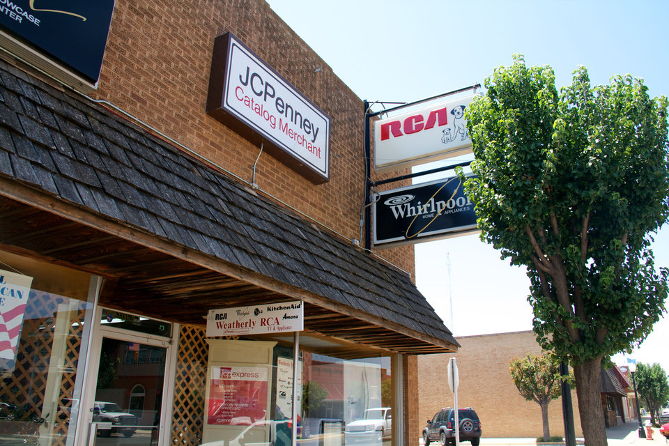 Weatherly RCA is one of the dozens of businesses that fill Elk City�s downtown shopping center. Every storefront in Elk City�s historic downtown is occupied.