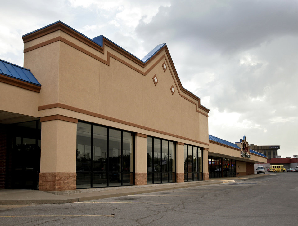 Sunflower/Sprouts Farmers Market's absorption of the former Hobby Lobby space on W Main Street in Norman leaves the Moore-Norman area with no empty big-box spaces, according to brokers with CB Richard Ellis-Oklahoma. <strong>STEVE SISNEY - THE OKLAHOMAN</strong>