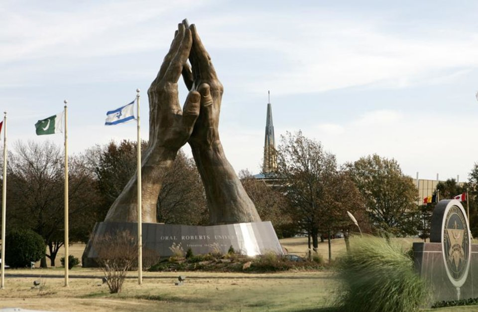 ORU: The large praying hands at Oral Roberts University in Tulsa, Okla. Nov. 28, 2007.  BY STEVE GOOCH, THE OKLAHOMAN.  ORG XMIT: KOD