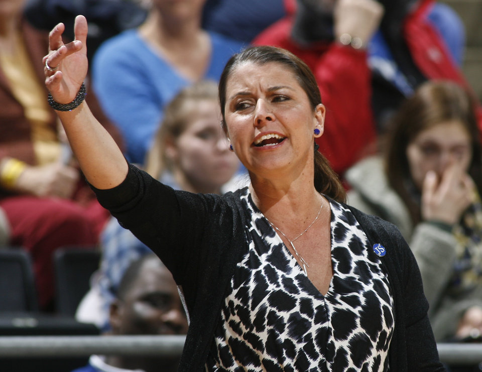Photo - Duke coach Joanne McCallie reacts in the first half of an NCAA college basketball game against Florida State, Thursday, Jan. 23, 2014, in Tallahassee, Fla. (AP Photo/Phil Sears)