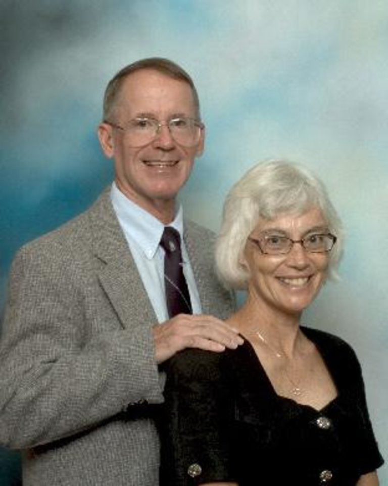 Oklahoma City Hypnotists Rich and Cath Smith<br/><b>Community Photo By:</b> R. Smith<br/><b>Submitted By:</b> Richard,