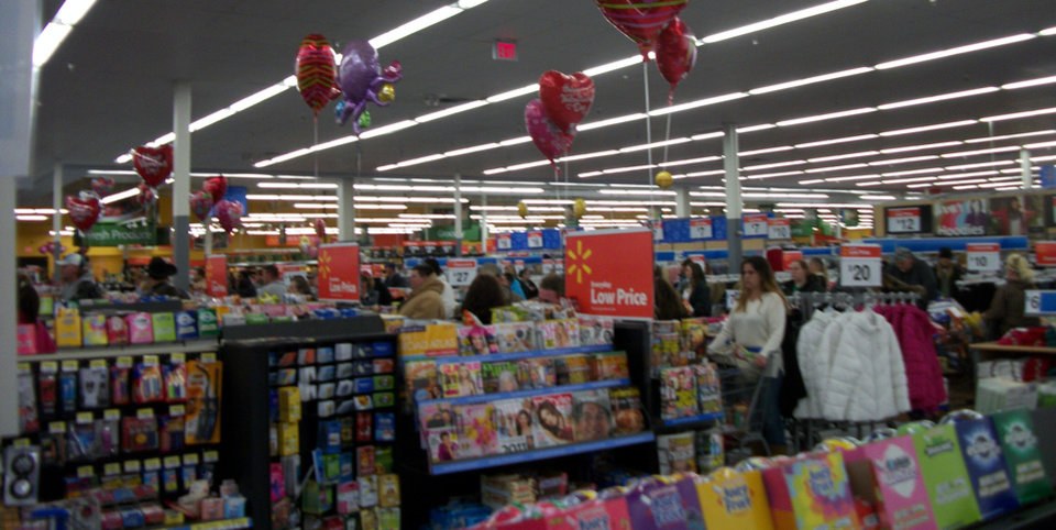 Wal mart in Stillwater on Feb 1,2011 at about 1:30 a.m.
