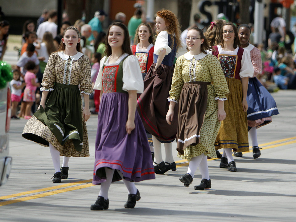 Left: The Celtic Praise Troop dance Saturday in the St. Patrick's Day Parade.