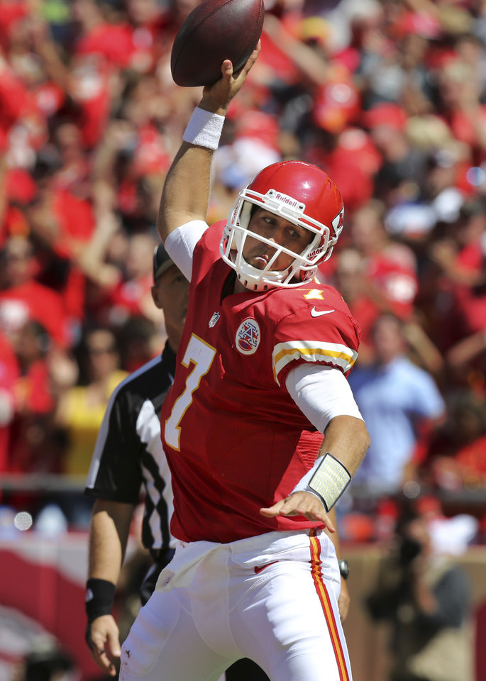 Photo -   Kansas City Chiefs quarterback Matt Cassel (7) celebrates his touchdown during the first half of an NFL football game against the Atlanta Falcons at Arrowhead Stadium in Kansas City, Mo., Sunday, Sept. 9, 2012. (AP Photo/Ed Zurga)