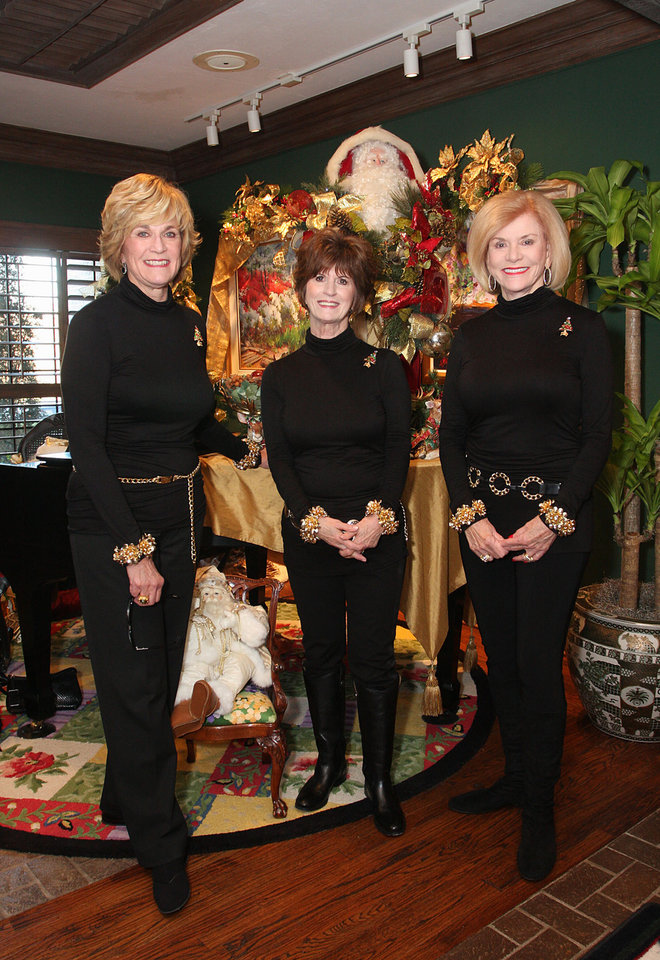 Photo - Susan Johnston, Barbara Brou, Judy Love. Photo by David Faytinger for the Oklahoman__l__