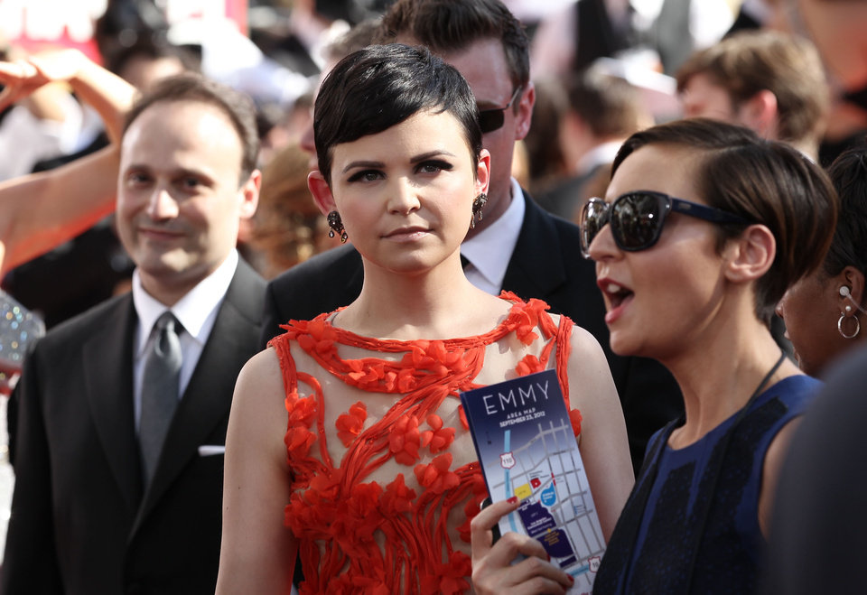 Photo -   Ginnifer Goodwin arrives at the 64th Primetime Emmy Awards at the Nokia Theatre on Sunday, Sept. 23, 2012, in Los Angeles. (Photo by Matt Sayles/Invision/AP)