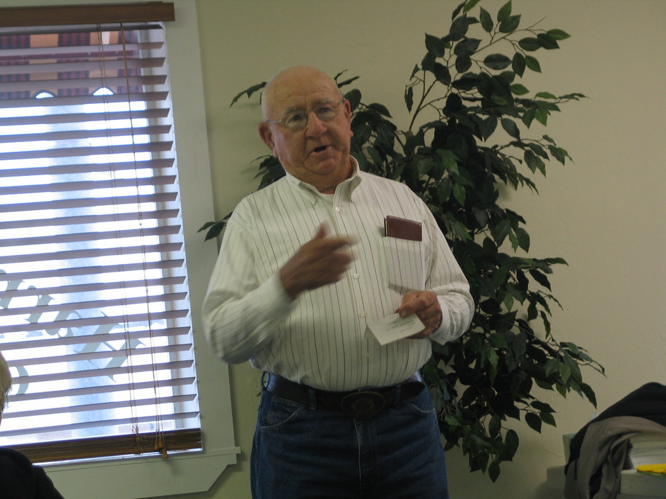 Mr. Joe Zawisza, speaking at Harrah Historical Society's April 12 meeting<br/><b>Community Photo By:</b> Karen Erbin<br/><b>Submitted By:</b> Karen, Harrah