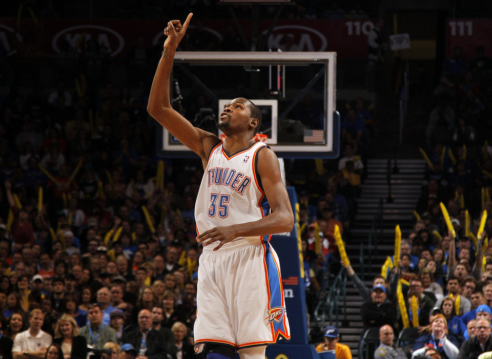 Oklahoma City\'s Kevin Durant (35) celebrates during the NBA basketball game between the Oklahoma City Thunder and the Cleveland Cavaliers at the Chesapeake Energy Arena, Sunday, Nov. 11, 2012. Photo by Sarah Phipps, The Oklahoman