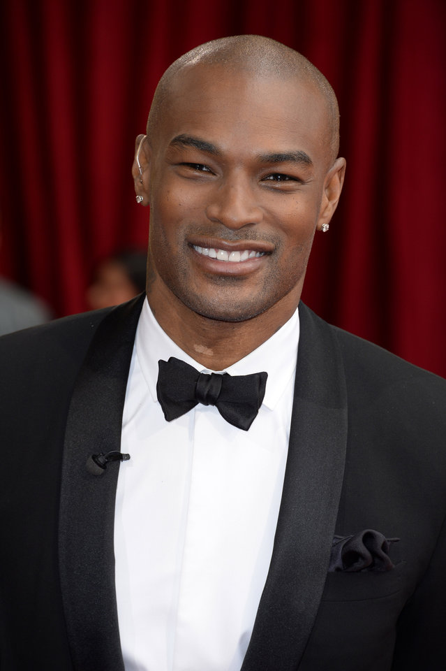Photo - Tyson Beckford arrives at the Oscars on Sunday, March 2, 2014, at the Dolby Theatre in Los Angeles.  (Photo by Dan Steinberg/Invision/AP)