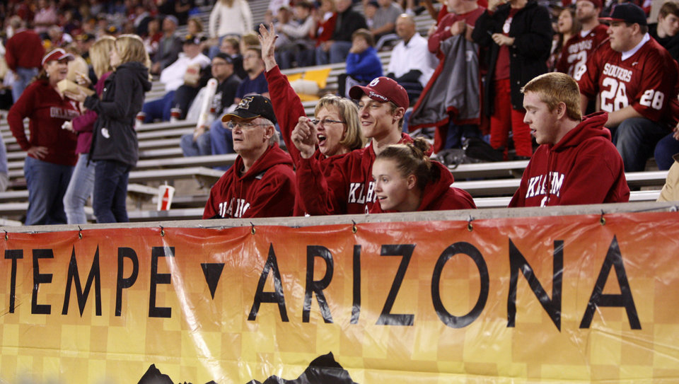 Photo - Fans cheer before the Insight Bowl college football game between the University of Oklahoma (OU) Sooners and the Iowa Hawkeyes at Sun Devil Stadium in Tempe, Ariz., Friday, Dec. 30, 2011. Photo by Bryan Terry, The Oklahoman