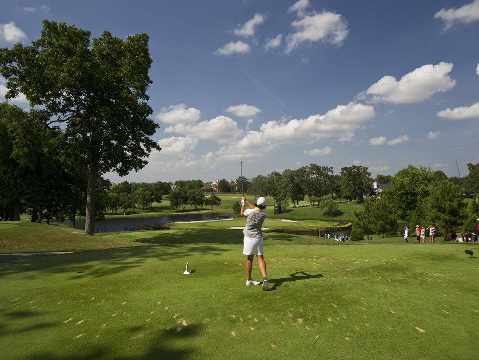 Photo - Juli Inkster watches her ball from the 16th tee box during the final round of the LPGA NW Arkansas Championship golf tournament on Sunday, June 23, 2013, in Rogers, Ark. (AP Photo/Beth Hall)