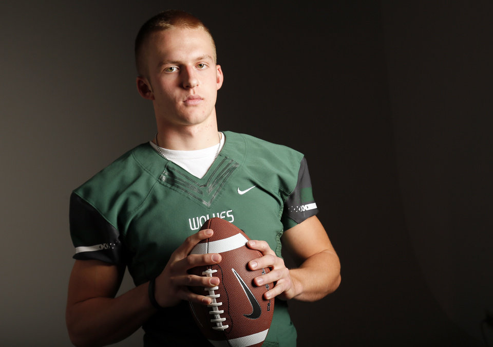 Photo - Edmond Santa Fe High School football player Justice Hansen player poses for a photo in Oklahoma City Monday, Dec. 17, 2012. Photo by Nate Billings, The Oklahoman