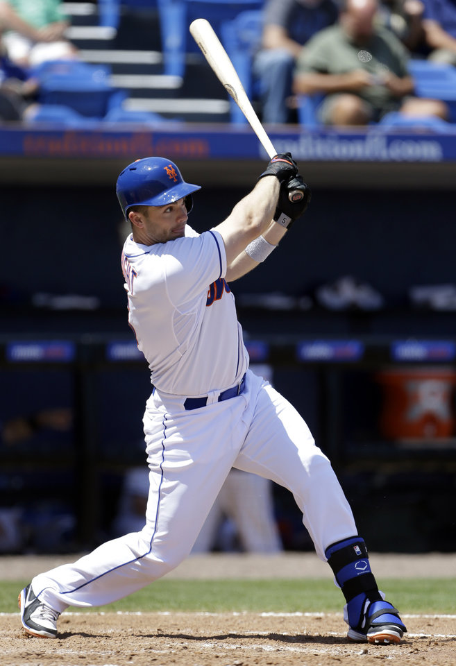 Photo - New York Mets' David Wright lines out to end the third inning of an exhibition spring training baseball game against the St. Louis Cardinals Friday, March 29, 2013, in Port St. Lucie, Fla. (AP Photo/Jeff Roberson)