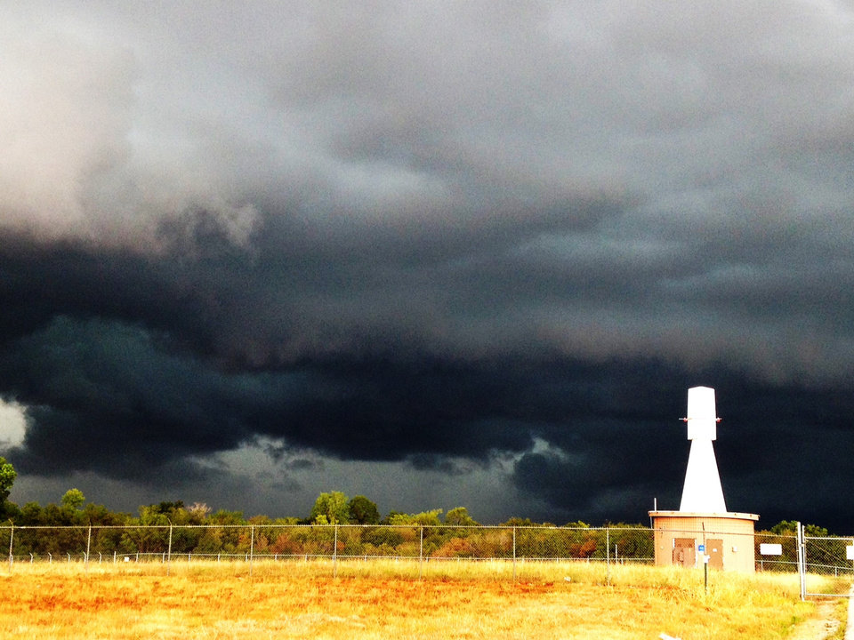 Gust front approaching Tinker Air Force Base about 10:45 Saturday morning, Aug. 18, 2012. Photo by Jim Beckel.