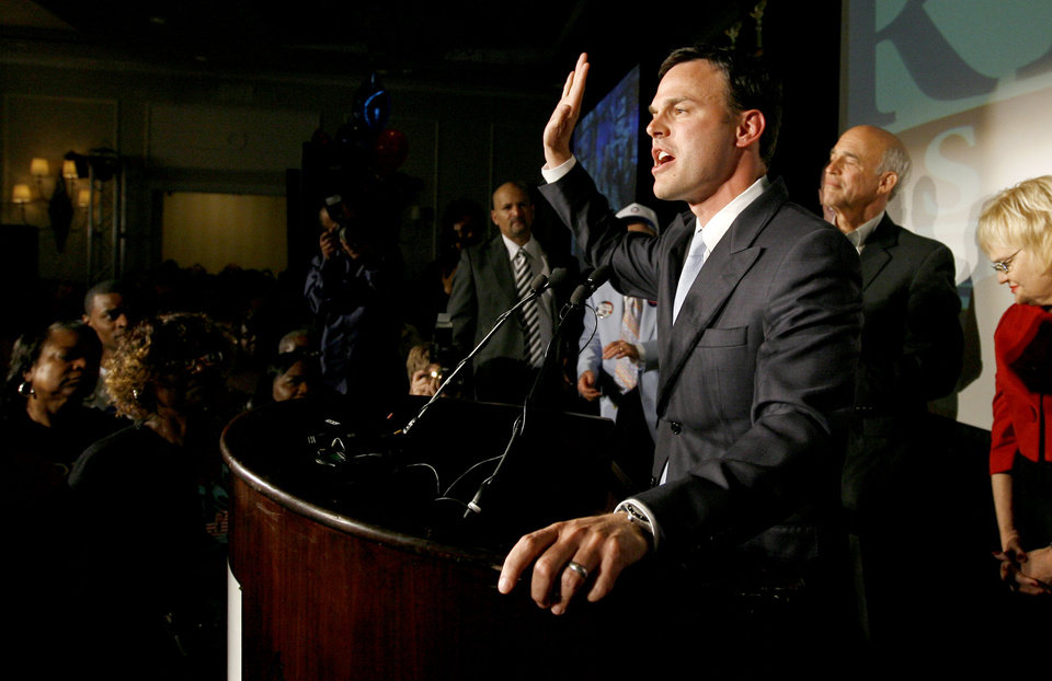 Photo - Andrew Rice speaks to a crowd during the Democratic watch party for the presidential election in Oklahoma City, Tuesday, November 4, 2008. BY BRYAN TERRY, THE OKLAHOMAN
