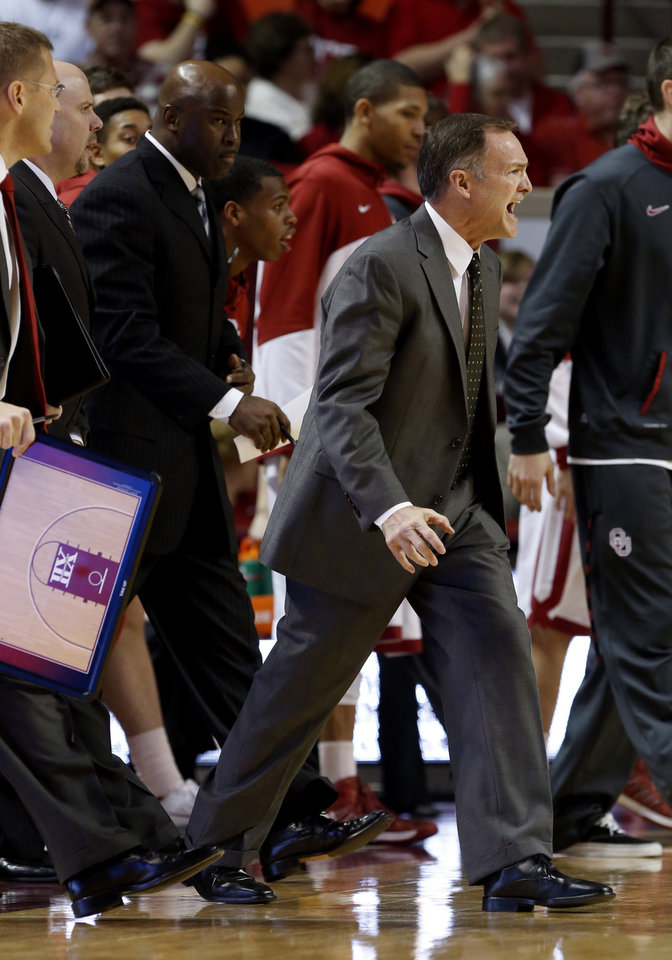 Photo - Oklahoma Sooner head coach Lon Kruger reacts during a time out as the University of Oklahoma Sooners (OU) men play the Baylor University Bears (BU) in NCAA, college basketball at The Lloyd Noble Center on Saturday, Feb. 23, 2013  in Norman, Okla. Photo by Steve Sisney, The Oklahoman