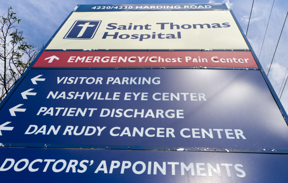 Photo -   A sign marks an entrance to Saint Thomas Hospital medical campus in Nashville, Tenn., on Wednesday, Oct. 3, 2012. An outbreak of a rare and deadly form of meningitis that has sickened more than two dozen people was first detected among patients treated at the Saint Thomas Outpatient Neurosurgery Center in the complex. (AP Photo/Erik Schelzig)