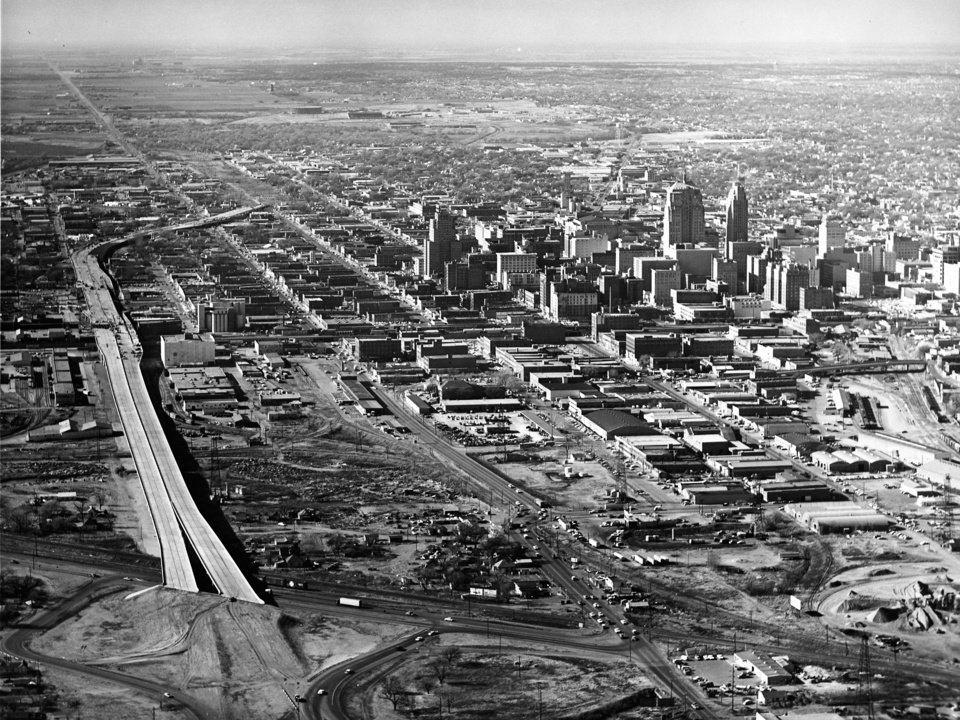 OKLAHOMA CITY / SKYLINE / AERIAL VIEW: Aerial view of Oklahoma City, looking west/northwest from the intersection of Reno and Byars. Note still-unfinished Crosstown Expressway at lower left. Staff photo by Jim Lucas. Staff photo dated 01/07/1965.