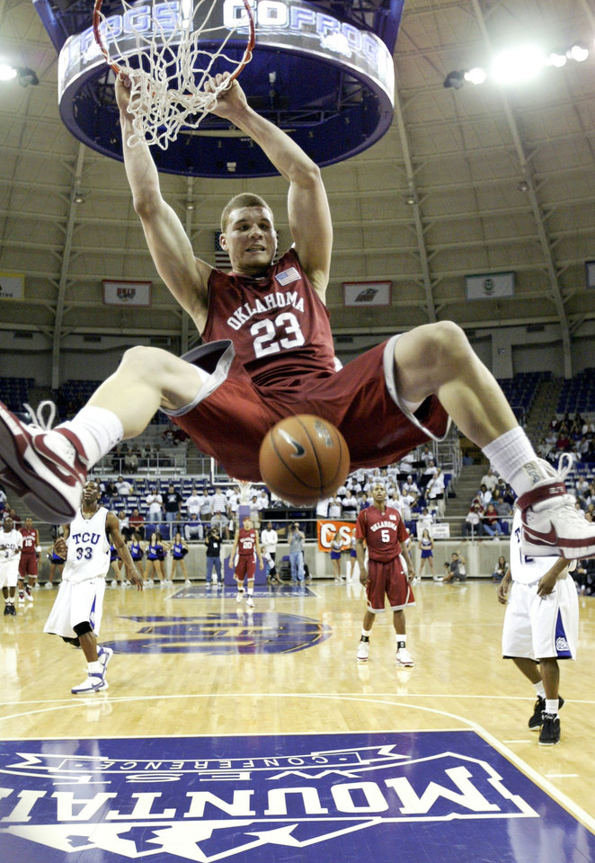 University of Oklahoma (OU) forward Blake Griffin dunks the ball against Texas Christian University (TCU) in the first half of a NCAA college basketball game at TCU in Fort Worth, Texas, Sunday, Dec. 2, 2007.  (AP Photo/Tony Gutierrez)