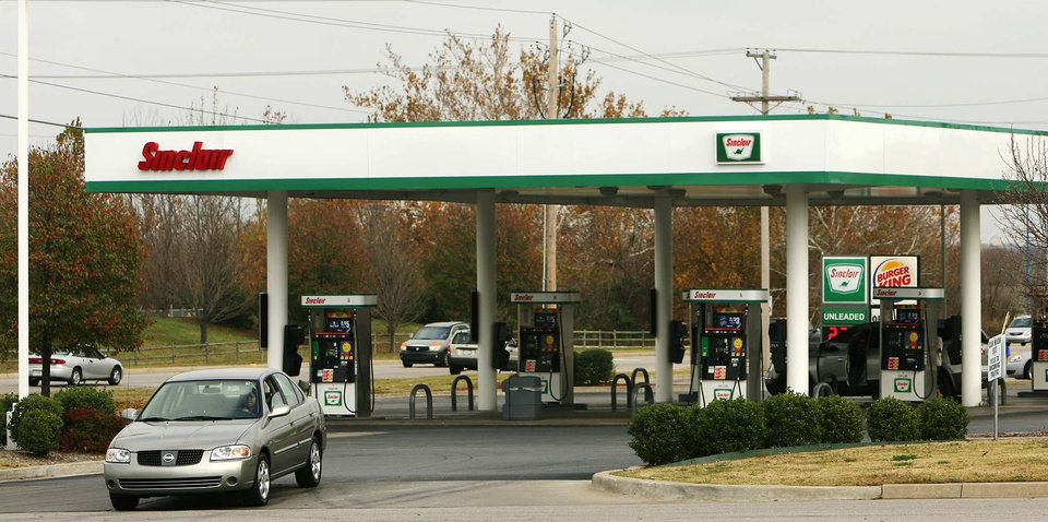 Sinclair decides to sell off gasoline station business ...