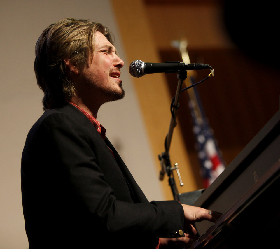 Photo - Taylor Hanson performs during a dinner for the Creativity World Forum at the National Cowboy and Western Heritage Museum on Tuesday, Nov. 16, 2010.  Photo by Bryan Terry, The Oklahoman