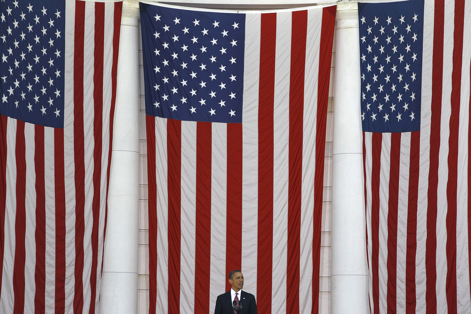 Photo -   President Barack Obama speaks at the Memorial Day Observance at the Memorial Amphitheater at Arlington National Cemetery, Monday, May 28, 2012. (AP Photo/Charles Dharapak)