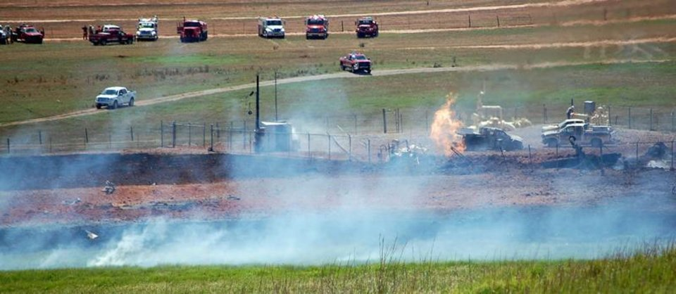 Photo - Three people were injured this morning, one critically, in a natural gas pipeline explosion near Pocasset. One man, said to be in critical condition, was taken by air to Baptist Burn Center in Oklahoma City and two others were taken by ambulance to the burn center. The explosion occurred five miles west of Poccaset on C.R. 1260. Photo by Jerry Pittman