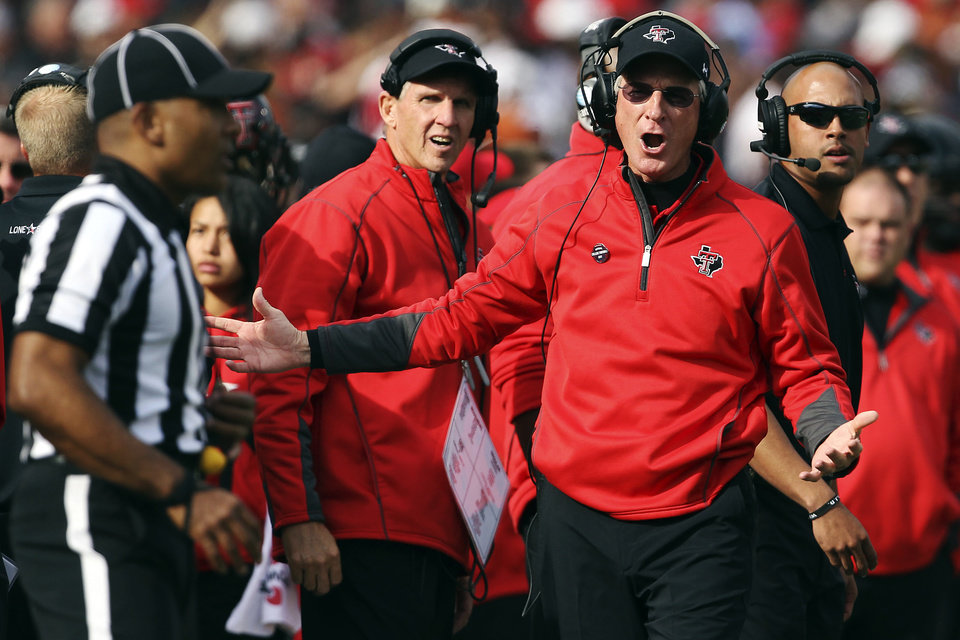 Texas Tech coach Tommy Tuberville lost his cool with graduate assistant Kevin Oliver in the game Nov. 10 against Kansas, and so far his only punishment has been a public reprimand from the Big 12. AP PHOTO